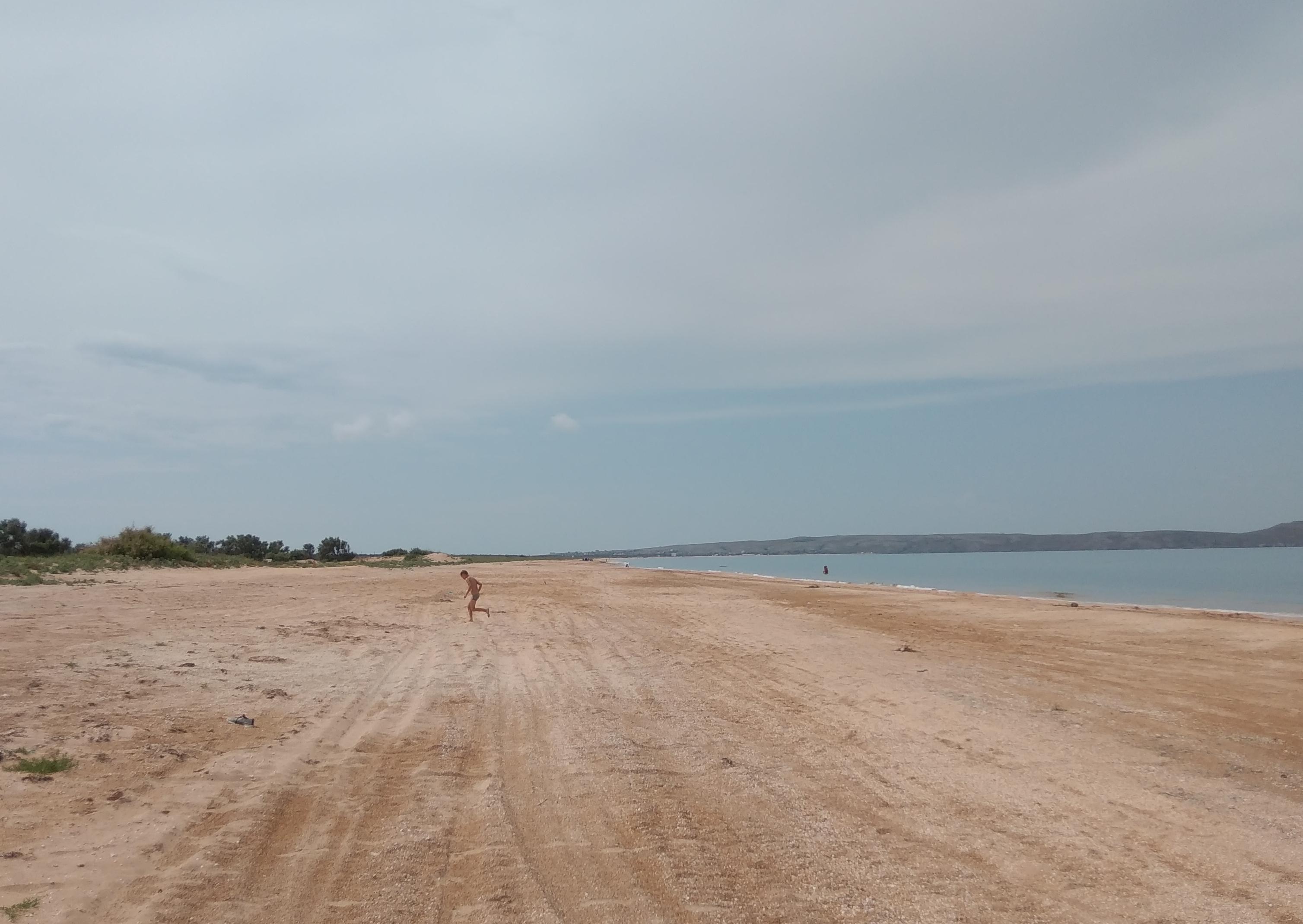 Пляж в Татарской бухте в районе Щелково